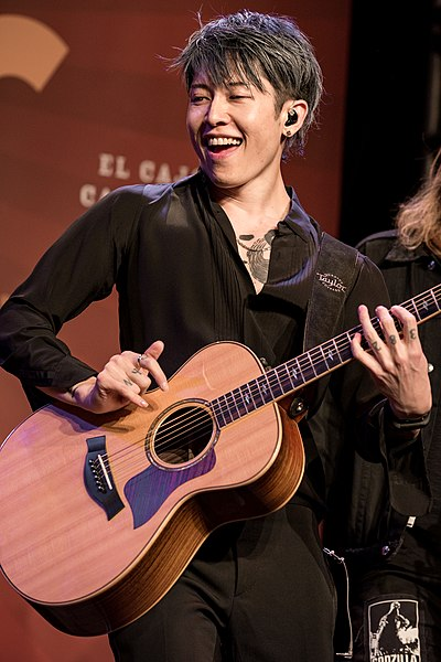 Picture of a band or musician: Miyavi