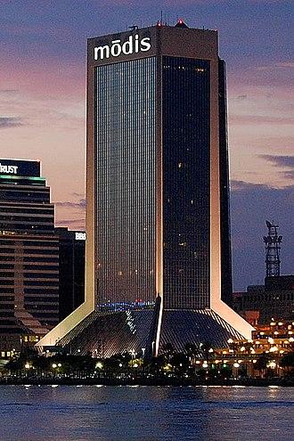 Wells Fargo Center (Jacksonville) - Image: Modis Bldg Jul 2009 a