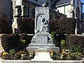 Monument aux morts Isles sur Suippe.JPG