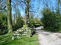 Morley Churchyard - geograph.org.uk - 145061.jpg
