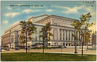 Kiel Auditorium - Image: Municipal Auditorium, St. Louis, Mo (63228)