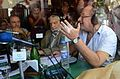 Néstor Restivo, Osvaldo Bayer y Mario Wainfeld en un bar de Directorio, 2013-04-13 (fragmento).jpg