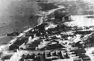 D-class blimp - Aerial view of NAS Rockaway in 1919 looking eastward with view of airship hangar.