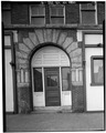 NORTH FRONT, ENTRY DETAIL - Kearns Block, 15-17 Bridge Street, Manchester, Hillsborough County, NH HABS NH,6-MANCH,7-4.tif