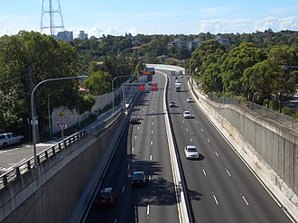 Naremburn, New South Wales - Image: Naremburn Warringah Freeway