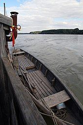 Nationalpark Donau-Auen Orth an der Donau 2012 Tschaike 08.jpg