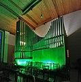 Neusäß, St. Ägidius (Hindelang-Orgel bei Nacht, grün) (6).jpg
