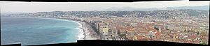 English: Panorama of the beachfront of Nice, F...