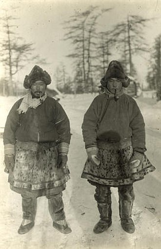 Nivkh people - Nivkh men who wear skiy and kosk