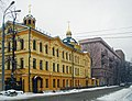 Nizhny Novgorod. Orthodox Gymnasy at Gruzinskaya Street in March snow-fall.jpg