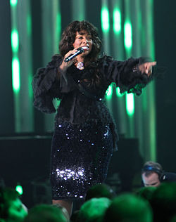 Nobel Peace Price Concert 2009 Donna Summer2.jpg