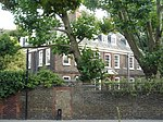 Old Battersea House, 30 Vicarage Crescent, London 05.JPG