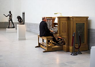 Legion of Honor (museum) - The symphonic organ.
