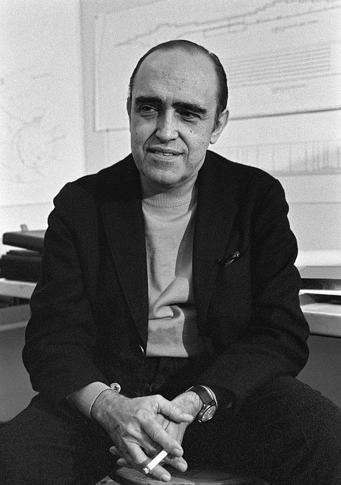 Oscar Niemeyer 1968b