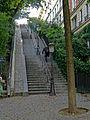 P1210452 Paris XVIII rue Maurice-Utrillo rwk.jpg