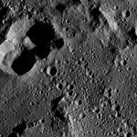 PIA20936-Ceres-DwarfPlanet-Dawn-4thMapOrbit-LAMO-image174-20160601.jpg