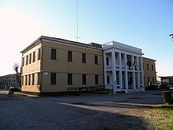 Palazzina municipale (Ro).JPG