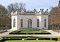 Parc du Château de Versailles - Le Pavillon Français.jpg
