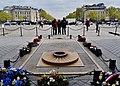 Paris Arc de Triomphe de l'Étoile Grabmal des Unbekannten Soldaten 1.jpg