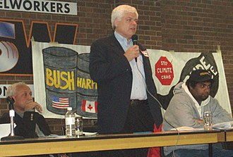 Peter Tabuns - Peter Tabuns speaking at an environmental teach-in for Toronto Climate Campaign on Nov. 17, 2007
