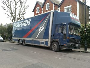Pickfords - Volvo FL614 in Ealing, London.