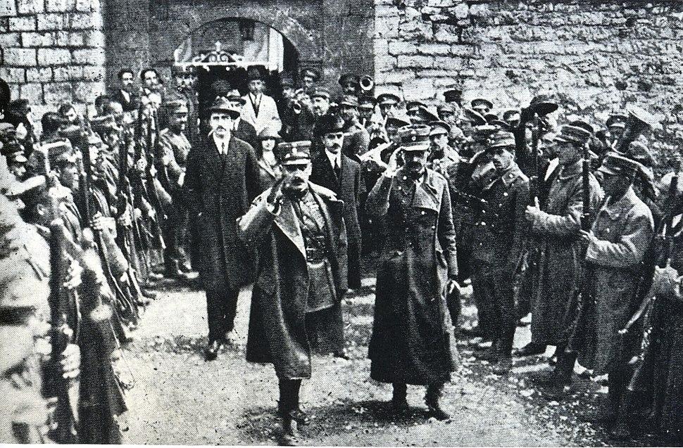 Plastiras Gonatas and Georgios Papandreou, 1922, in Mousounitsa