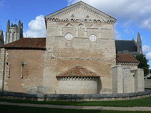 Baptistère Saint-Jean - Southern façade.