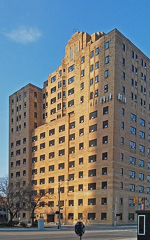 Town Apartments - Image: Pontchartrain Club Town House Apartments Detroit MI