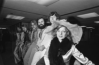 Eurovision Song Contest 1975 - Teach-In leaving from Amsterdam Airport for the Eurovision Song Contest 1975