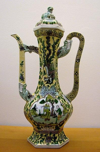 File:Porcelaine chinoise Guimet 281109.jpg