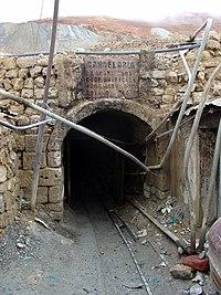 Potosi Décembre 2007 - Entrée Mine.jpg