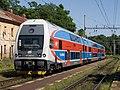 Praha-Bubeneč, trať 091, nová jednotka 471.059.jpg