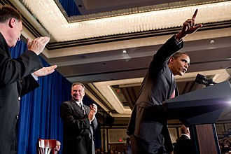 2009 Virginia gubernatorial election - President Obama and Governor Kaine campaigning with Deeds on August 6