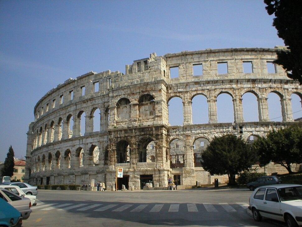 Pula-amfiteatar