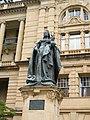 Queen Victoria Statue Brisbane.jpg