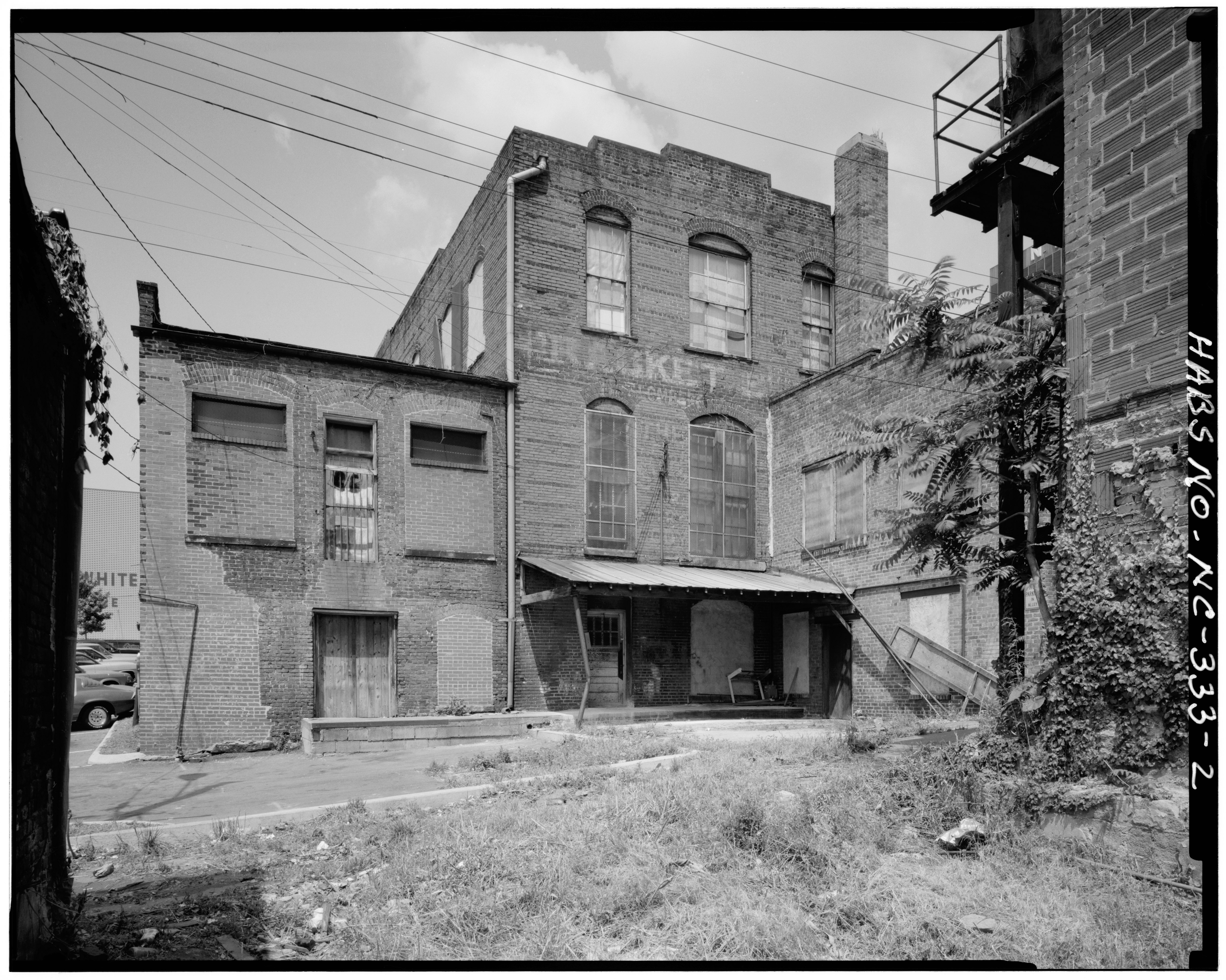 File:Rear facade, east elevation. Gibb's building on ...