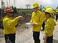 Refuge manager talks fire (6032747467).jpg