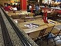 Restaurant avec train miniature dans le centre commercial Palladium de Prague 02.jpg