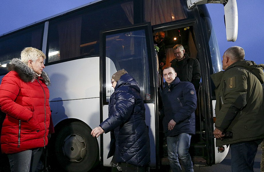 Return of liberated citizens to the territory controlled by Ukraine (2019-12-29) 059.jpg
