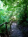 Ripaljka - strme stepenice koje vode do vodopada.jpg