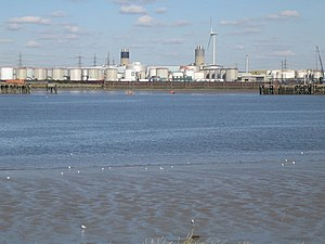 Barking Power Station - Image: River Thames Dagenham Docks geograph.org.uk 575954