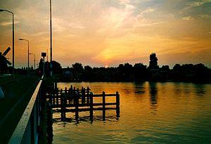 Zaandijk - Image: River Zaan Zaanstad 0006