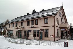 Roeros railway station.jpg