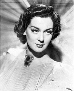 Rosalind Russell, 1937.jpg