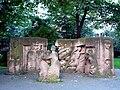 Rosenstrasse Denkmal 3.jpg