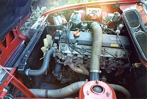 Rover SD1 - Rover 2300 six-cylinder engine, in situ in SD1
