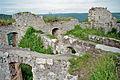 Ruine Hohen Urach; Hofküche mit Stuben und Kammern des Nordflüges (Palas) (7575129472).jpg