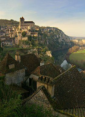 Saint cirq lapopie wikip dia for Beau village autour de toulouse