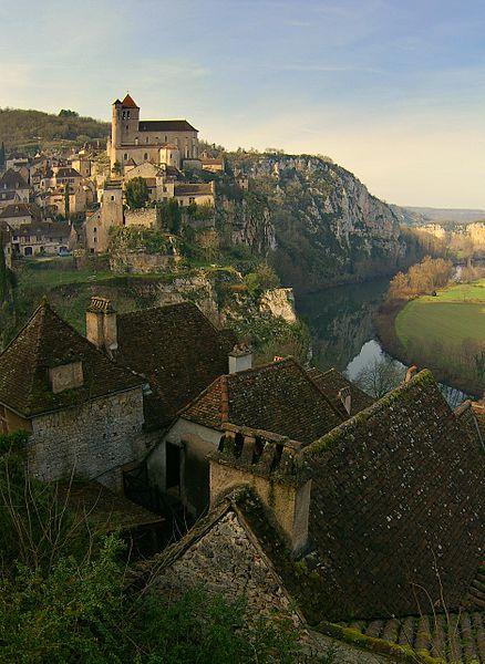 File:Saint-Cirq-Lapopie.jpg