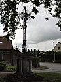 Saint-Paul-aux-Bois (Aisne) croix de chemin Rue de Noyon.JPG